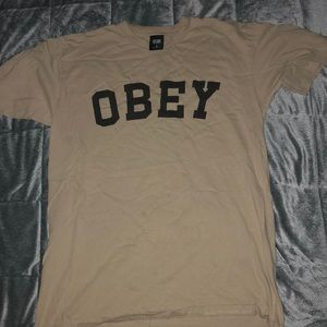OBEY tan T-Shirt